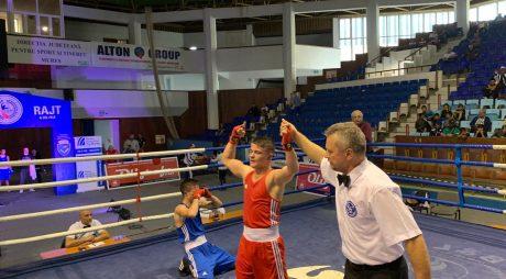 Hunedoreanul Cosmin Gîrleanu, campion național la box!