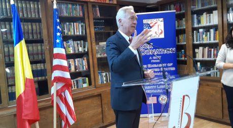 H. Klemm, prezent la inaugurarea American Shelf la Biblioteca Județeană