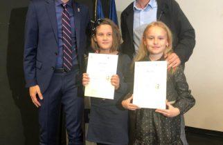 """Eleve din Deva, premiați la """"Jocurile Olimpice în imaginaţia copiilor"""""""