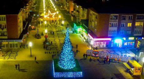 Revelion în stradă la Hunedoara