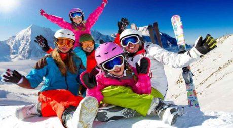 Începe vacanța de iarnă pentru elevi și preșcolari. Când vor reveni la școală