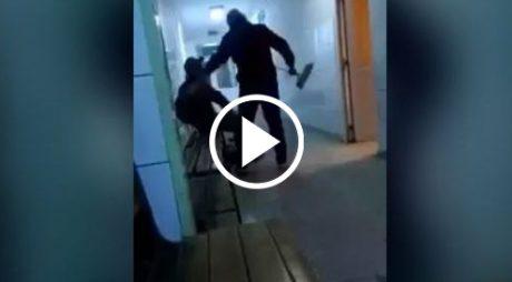 VIDEO: Alungat cu mătura și târât afară de pe holurile unui spital din vestul țării