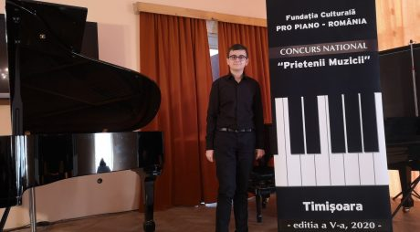 "Elevul Flavius Sebastian Bălan, premiul I la pian, la Concursul Național ""Prietenii Muzicii"""