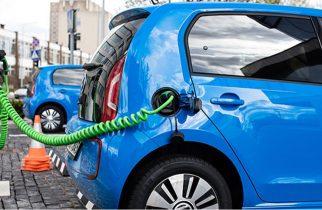 """Creştere de peste 15% a vânzărilor de autoturisme """"verzi"""" în România, în primele zece luni (APIA)"""