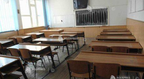 Informaţiile privind modificarea structurii anului şcolar, dezminţite de Ministerul Educaţiei