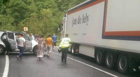 Accident rutier pe DN6