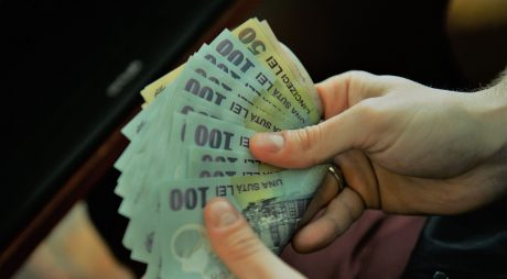 Venituri medii de 4.790 lei/gospodărie în 2019; cheltuielile au ajuns la 4.092 de lei (INS)