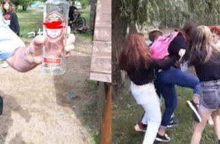 5 fetiţe şi-au bătut crunt, o prietenă! A fost nevoie de intervenţia poliţiştilor