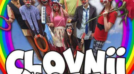 Teatrul de Artă Deva deschide stagiunea în aer liber cu un spectacol jucat la poalele Cetăţii