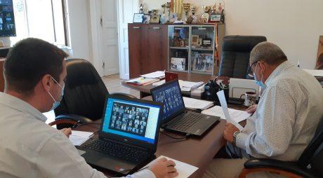 Consiliul Județean Hunedoara este convocat în ședință extraordinară în sistem videoconferință