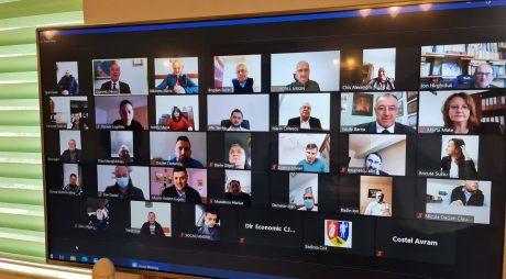 Consiliul Județean Hunedoara s-a întrunit în ședință extraordinară în sistem videoconferință