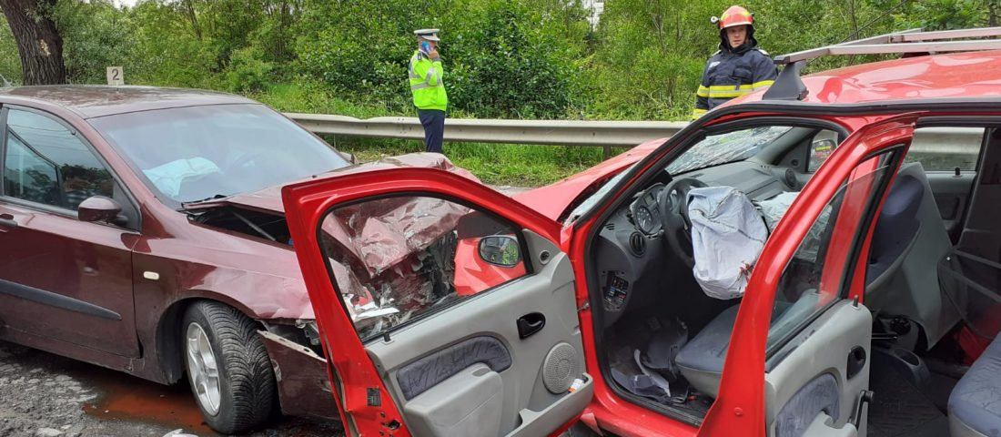 FOTO. Accident pe DN66, în Petroșani
