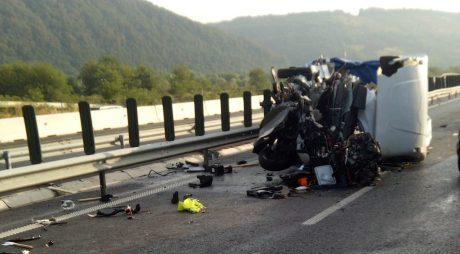 Foto. Accident pe A1, în zona Mintia