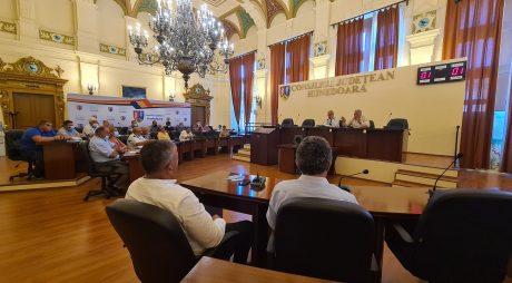 Consiliul Județean: Întâlnire conducerea CJ cu primari din Țara Hațegului și reprezentanți ai Apaprod