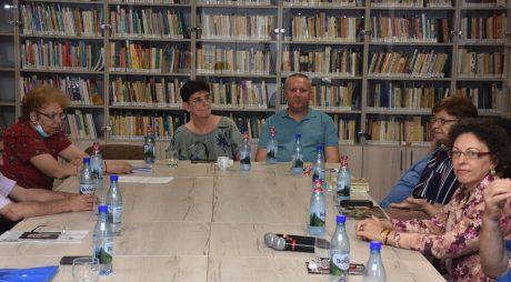 """Biblioteca Județeană – ,,Literatura hunedoreană în vreme de pandemie"""""""