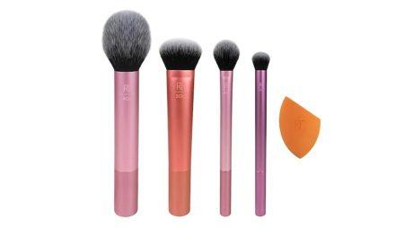 5 trenduri în materie de make-up pe care trebuie să le încerci