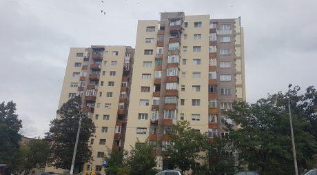 Constructorii care se ocupă de eficientizarea energetică a 14 blocuri din Hunedoara sunt pasibili de rezilierea contractelor
